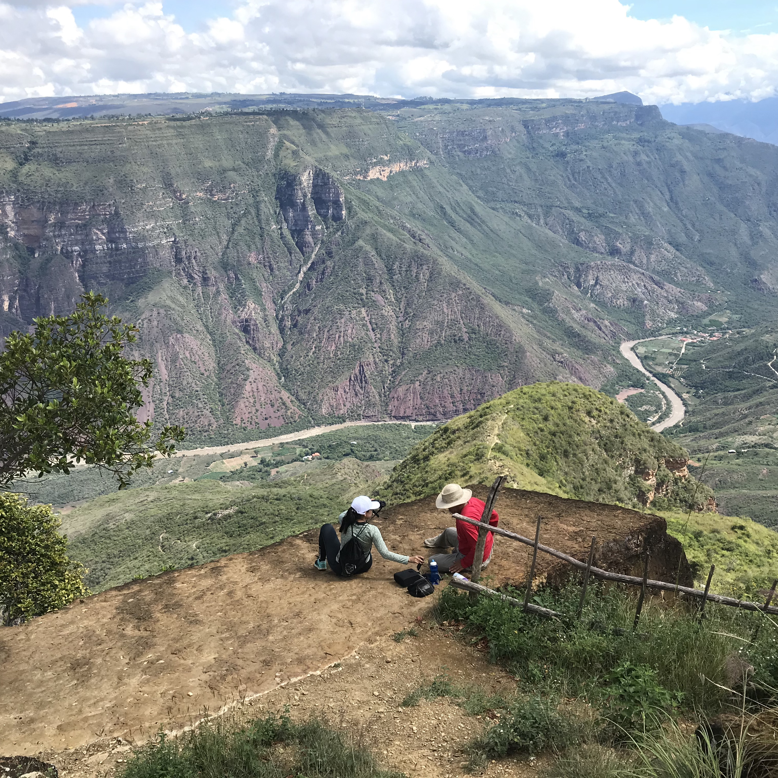 Hiking Chicamocha Cannon